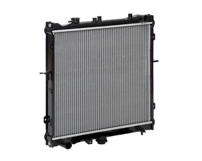 Радиатор охлаждения Sportage I (99-) MT LUZAR фото