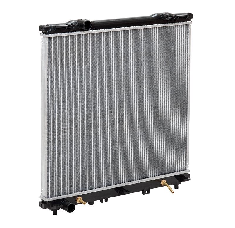 Радиатор охлаждения Sorento (02-) 2.4i/3.5i M/A LUZAR фото