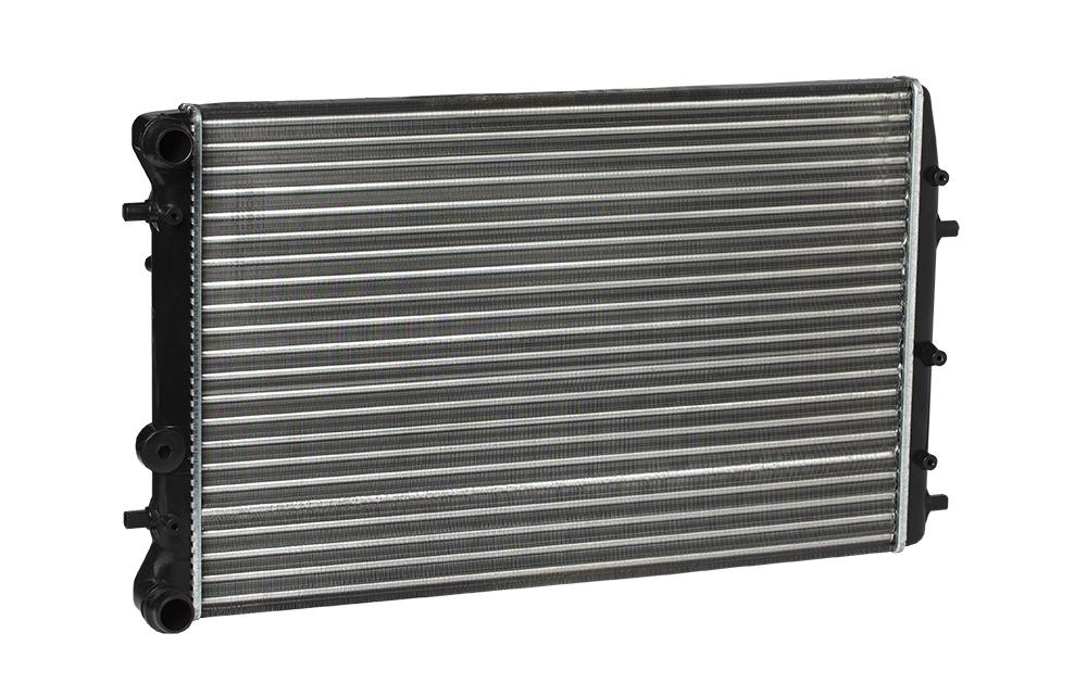 Радиатор охлаждения для автомобилей Fabia (99-) A/C+ LUZAR фото