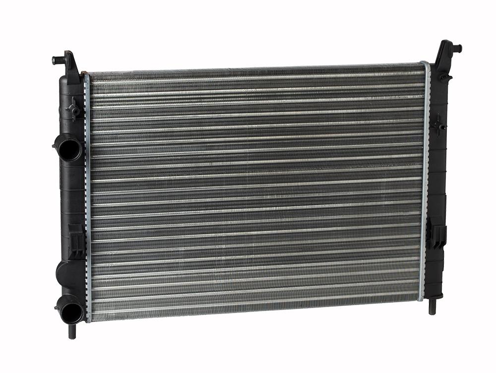 Радиатор охлаждения Albea (02-) A/C+ LUZAR фото