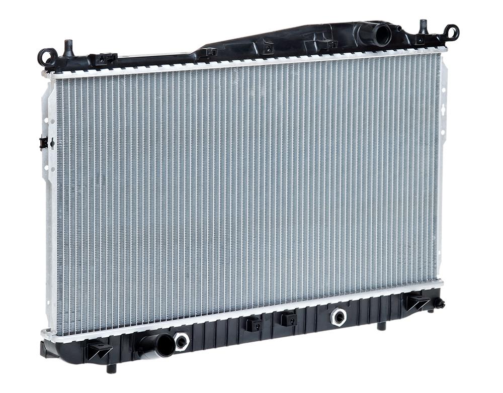 Радиатор охлаждения Epica (06-) AT LUZAR